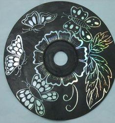 DIY CD Scratching art - easy recycling craft for kids // Csodás karcképek CD lemezekből egyszerűen - kreatív újrahasznosítás // Mindy - craft tutorial collection // #crafts #DIY #craftTutorial #tutorial
