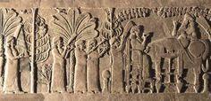 Salón del trono del Palacio de Kalakh.  Zona de más alta representación, a la que accedían las delegaciones extranjeras. La sala tenía una rica iconográfía, compuesta por escenas ceremoniales y de batalla. Estaba presidida por grandes lamassus, flanqueados por genios protectores e imágenes del árbol de la vida en forma de palmera,imagen de tradición mesopotámica con la que los asirios simbolizaban la prosperidad. Sobre los muros laterales se representaron campañas bélicas de Assurnasirpal…
