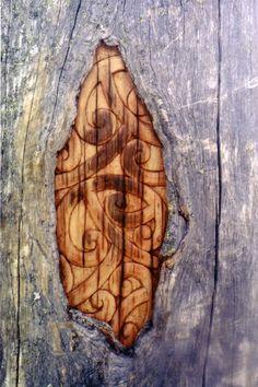 Lyonel Grant, gifted carver of Rotorua (Ngāti Pikiao, Ngāti Rangiwewehi, Te Arawa) Bird Design, Wood Carving, Arts And Crafts, Sculpture, Artist, Gifts, Inspiration, Wood Accents, Biblical Inspiration