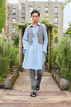 Summer Fashion Trends, Fashion Week, New York Fashion, Spring Summer Fashion, Runway Fashion, Fashion Show, Womens Fashion, Vogue Paris, New Outfits