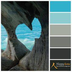 Kleurinspiratie van de woonwinkel Happy Home. Nog meer blauw! De kleur vindt zijn weg in het kleurenpalet met grijs tinten. Het is een fris gezicht en vooral tijdloos.   www.happy-at-home.nl
