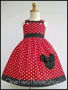 Kyla would love this minnie dress Toddler Dress, Baby Dress, Toddler Girl, Dress Up, Jumper Dress, Dot Dress, Disney Themed Outfits, Disney Dresses, Little Girl Dresses