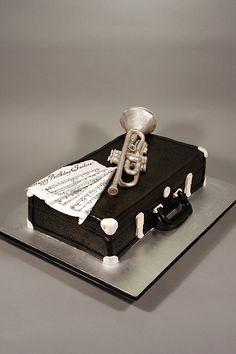 Trumpet & Vintage case birthday cake.