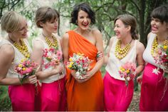 christine pobke - bright bride and her bridesmaids