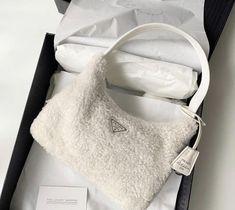 Back To School Bags, Devil Wears Prada, Chanel Purse, Celine Bag, Replica Handbags, Designer Handbags, Prada Bag, Fendi, Dior