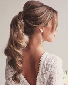 37 super ideen frisuren pferdeschwanz hoch pony formal – Hairstyles✨, You can collect images you discovered organize them, add your own ideas to your collections and share with other people. Prom Ponytail Hairstyles, Long Hair Ponytail, Prom Hairstyles For Long Hair, Bride Hairstyles, Down Hairstyles, Hairstyle Photos, Hairstyle Ideas, Teenage Hairstyles, Party Hairstyles