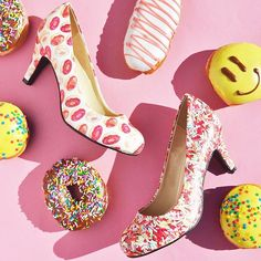 Donuts and sprinkles!