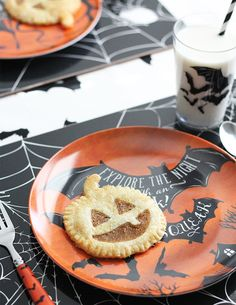 Trick or TREAT! We love these adorable Halloween hand pies