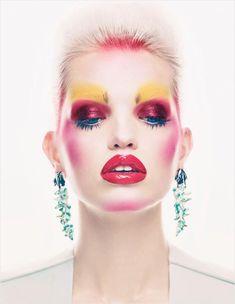 """Mix Master""   Model: Daphne Groeneveld, Photographer: Patrick Demarchelier, Vogue UK, November 2012"