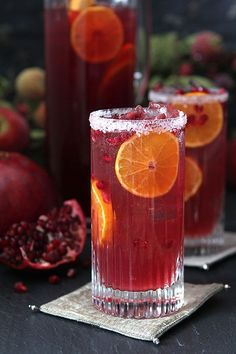 Pomegranate and Blood Orange Tequila Spritzer | http://www.creative-culinary.com/pomegranate-and-blood-orange-tequila-spritzer/