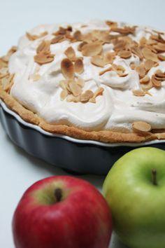 Ananas paj Meringue Pie, Sweet Pie, What You Eat, Piece Of Cakes, Tart, Apple, Fruit, Desserts, Recipes