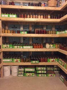 Food Storage Rooms, Canned Food Storage, Pantry Storage, Pantry Organization, Pantry Ideas, Jar Storage, Storage Ideas, Organizing, Canning Tips