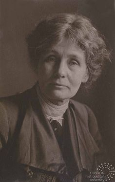 Emmeline Pankhurst - I remember reading about her in grade. Deeds Not Words, Emmeline Pankhurst, Suffrage Movement, Art Alevel, Suffragettes, One Wave, Salford, Women's History, Crusaders