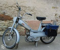 Petite annonce Marne Mobylette motobecane Pantin 1960~1970 Vertus Mini Motorbike, Classic Motorcycle, Vespa, Scooters, Concept Cars, Cars And Motorcycles, Motorbikes, Vintage, Vehicles