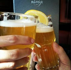 #Beer #Friends and #RockandRoll @ Hard Rock Cafe Rome!!!