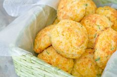 If making biscuits is intimidating to you, these Cheddar Chive Drop Biscuits are your answer! They're easier to make than rolled and cut biscuits, and the cheddar cheese adds moisture and cheesy goodness. Cheddar Chive Biscuit Recipe, Cheddar Biscuits, Drop Biscuits, Making Biscuits, Cheddar Cheese, Savoury Biscuits, Savory Scones, Breakfast Recipes, Snack Recipes