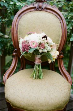 A Romantic Outdoor Wedding Shoot to Inspire You | OneWed