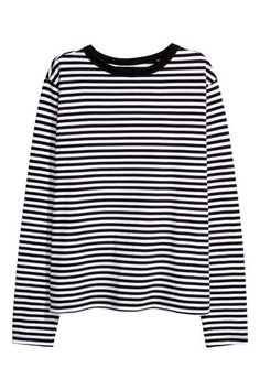 H&M Striped Jersey Top - Black/white striped - Women Edgy Outfits, Teen Fashion Outfits, Cute Casual Outfits, Black And White Shirt, Black White Stripes, Black Tops, Aesthetic Shirts, Aesthetic Clothes, Striped Jersey
