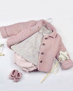 Baby Knitting Patterns Sweaters 847 Likes, 18 Comments – Moda Infantil Made In Spain Baby Knitting Patterns, Knitting For Kids, Baby Patterns, Knitted Baby Cardigan, Crochet Jacket, Baby Girl Jackets, Baby Sweaters, Kids Fashion, Barn