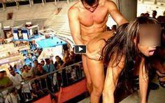 top model italiana è stato catturato dai paparazzi mentre si fa sesso durante una partita di basket