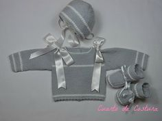 """Pattern for three piece set (jersey, Cap and booties) with """"Granites"""" point on the sleeves and chest. Baby Knitting, Crochet Baby, Baby Accessories, Booty, Sleeves, Kids, Portal, Etsy, Disney"""