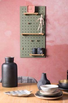 Zuiver Bundy Pegboard Pinbord 45 x 90 cm Large Shelves, Cube Shelves, Floating Shelves, Diy Outdoor Furniture, Custom Furniture, Furniture Design, Memo Boards, Cosy Sofa, Bamboo Shelf