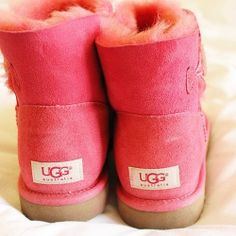 Time for Fashion ? Inspiration: UGG Boots Style #UGG #fashion #style Pink Uggs, Ugg Boots, Snow Boots, Cute Fashion, Fashion Tips, Womens Fashion, Fashion Weeks, To My Daughter, Winter Outfits