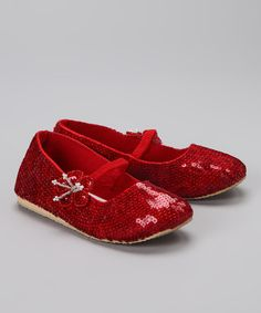 <p+style='margin-bottom:0px;'>Tiny+tots+need+these+teensy+treats+for+feet!+Featuring+a+classic+silhouette+and+ample+shimmer,+this+pair+promises+to+keep+steps+on+track+and+sweetly+sparkled.<p+style='margin-bottom:0px;'><li+style='margin-bottom:0px;'>Man-made<li+style='margin-bottom:0px;'>Imported<p+style='margin-bottom:0px;'><br+/>
