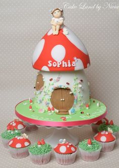 Fairy toadstool house cake - by Nivia @ CakesDecor.com - cake decorating website