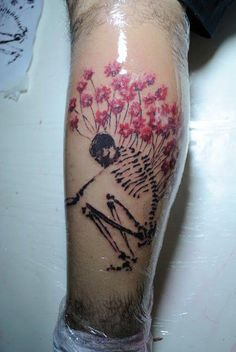 Skull tattoos by Tyago Compiani