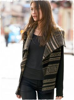 Take on the season in our graphic knit jacket of boiled baby alpaca (70%) and wool (30%). Patterned after an Andean weaving in black and lim...