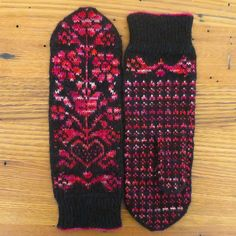 It's Still Cold So You Might As Well Knit Some Gorgeous Mittens