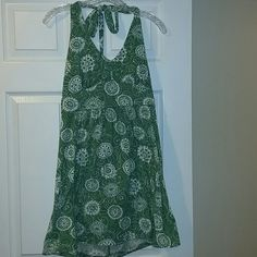 Faded Glory Green and white print halter dress Good condition, Green and white boho print halter dress with tie neck. MOST REASONABLE OFFERS ACCEPTED! Faded Glory Dresses