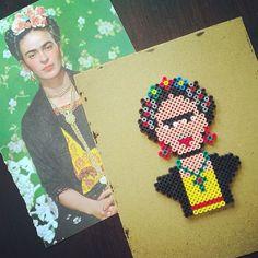 Frida Kahlo portrait hama perler beads by tamatek