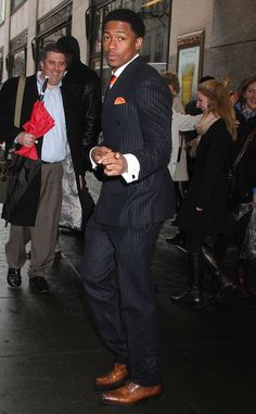 Nick Cannon Gets Emotional About Mariah Carey and Their Twins in ''Divorce Papers'' Freestyle - Hombres Mag For Men Divorce Papers, Nick Cannon, Broken Marriage, Handsome Black Men, Renaissance Men, Well Dressed Men, Celebs, Celebrities, Mariah Carey