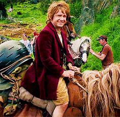 (gif) Bilbo on a pony