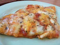 Pizza 4 fromages : la meilleure recette What's first thing you consider when you hear Pasta Sauce Recipes, Pizza Recipes, Dessert Recipes, Snacks Pizza, Pizza Buns, Pizza Burgers, Potato Pizza Recipe, Four Cheese Pizza, Weight Watcher Cookies