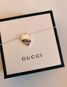 Bracelet with Gucci trademark heart Dainty Jewelry, Cute Jewelry, Luxury Jewelry, Jewelry Accessories, Fashion Accessories, Fashion Jewelry, Jewlery, Gucci Jewelry, Stylish Jewelry