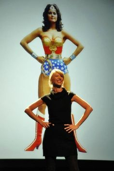 Power Pose Wonder Woman and Ann Cuddy