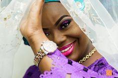 A sneak peek at lovely Tolani @toolz_butik #bridal shoot at her #traditional #wedding. Makeover by @ebellebeauty #yorubabrides #yoruba #yorubawedding #traditionalwedding #wed #bride #beautiful #asoebibella #asoebi