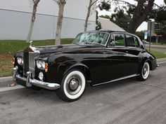 1965 Rolls-Royce Silver Cloud III Saloon.