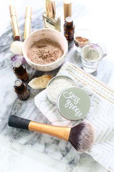 Make Your Own Nontoxic Dry Shampoo!