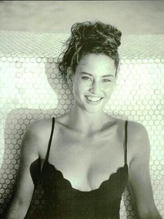 "Vogue Italia May 1989 ""Energici essenziali estivi esplosivi"" Photo Arthur Elgort Model Jill Goodacre"