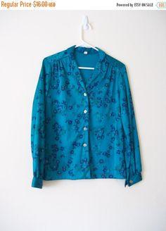 CLEARANCE Ladies Vintage 1970s Teal Flower by ValleyVintageLLC