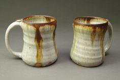 Stoneware-Pottery-Ceramic-Mugs-Wood-Ash-Glaze-with-Iron-Stain.jpg (640×430)