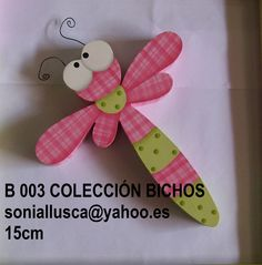 Decoración de bichos y mariposas Wood Crafts, Diy And Crafts, Crafts For Kids, Arts And Crafts, Tole Decorative Paintings, Tole Painting, Craft Projects, Projects To Try, Wooden Figurines