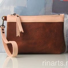 Zipper pouch from the BIG-series in cognac and natural veg tan leather