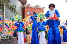 Stilts from the Fiesta De Buenos Aires Brazilian show at Porto's World Parade in Porto Cairo Mall. #LetsPorto
