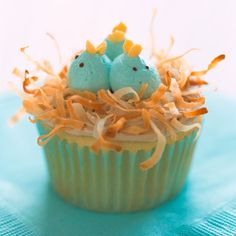 Nesting Baby-Bluebird Cupcakes    http://www.delish.com/entertaining-ideas/holidays/easter/martha-stewart-easter-desserts#slide-1