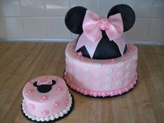 Minnie Mouse cake Cakes and Cupcakes for Kids birthday party